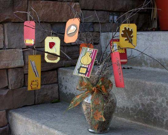 Thankful Tree-10 DIY Decor Ideas for Thanksgiving!