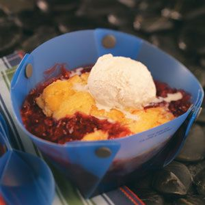 Cake & Berry Campfire Cobbler Recipe, 4-5 ingredients