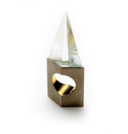 Philip Sajet  Ring: Point 1986-2010  Rock crystal, silver, gold