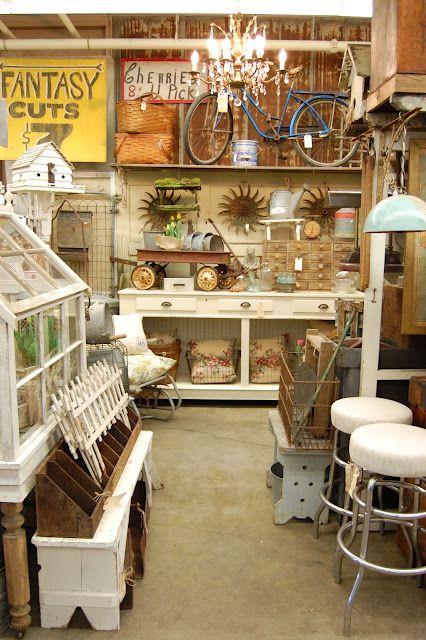 Vintage market show display