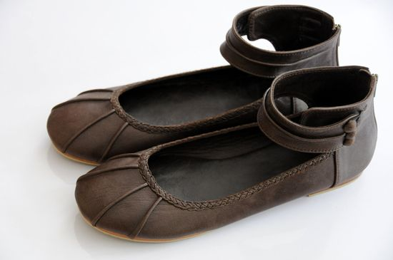 MUSE.  ballet flat shoes / cuffs / braided detail / Elf handmade / www.balielf.com