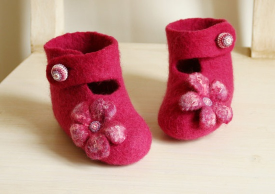 Felted baby toddler girl shoes Size 6  Hot pink girl by FeltStream, $39.00