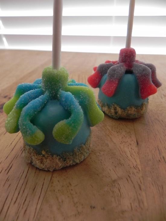 Octopus marshmallow pops -