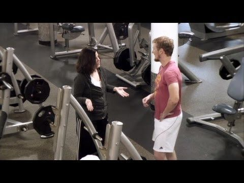 ? Amy Speaks the Lyrics at the Gym! - YouTube Funny Embarrassing Gym moments From The Ellen Show!