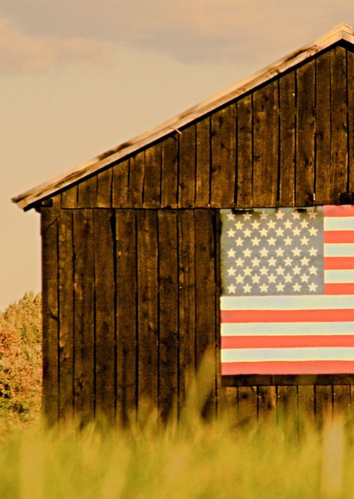Barn with american flag.  {Cape Cod Collegiate}  #july 4th  #american  #flag  #barn