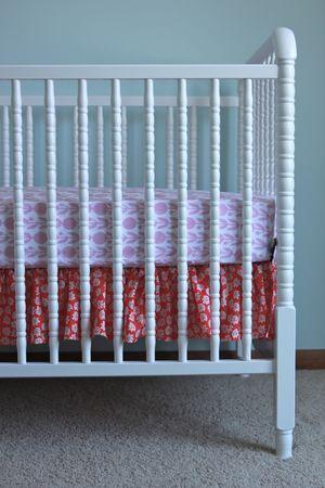 Ruffled crib skirt tutorial