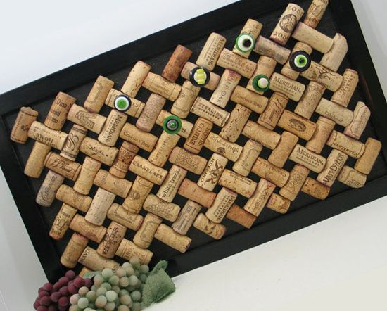Trellis Bulletin Board made from Recycled Wine Corks by 4EyesAndEars