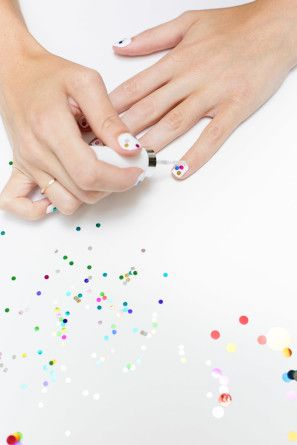 How to add confetti to nails