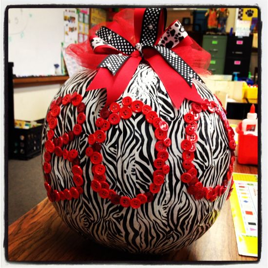 Our class pumpkin...duct tape, buttons and a handmade bow!