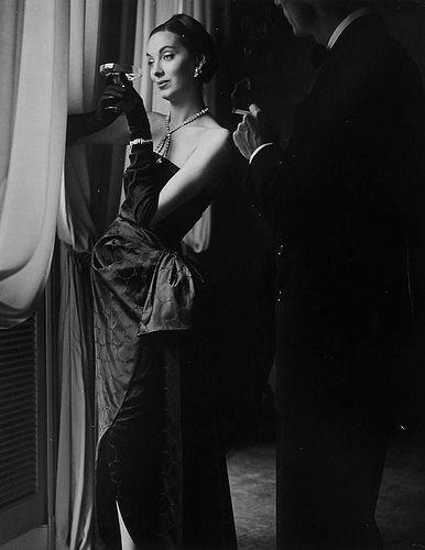Betty Threat, Harper's Bazaar 1947