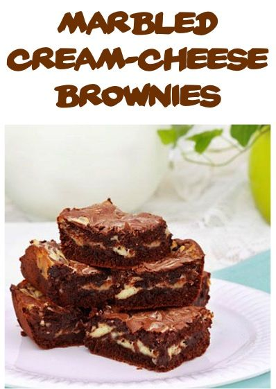 Marbled Cream Cheese Brownies Recipe! {Brownies, cheesecake and chocolate chunks?? Why yes, yes please!} #brownie #recipes