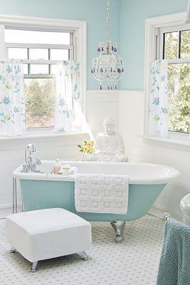 love this bathroom!!
