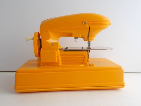 vintage sewing machine - Vintage French childrens toy  - Ma Cousette sewing, c1950, via letsbevintage on etsy