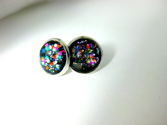 Nail Polish Earrings on Etsy love it! must try! www.eCrafty.com for glass tiles, bezels, bails, jewelry supplies