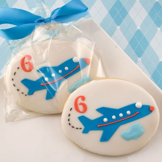 Airplane Cookie Favors with Any Number (12 favors, bagged and bowed) via Etsy.