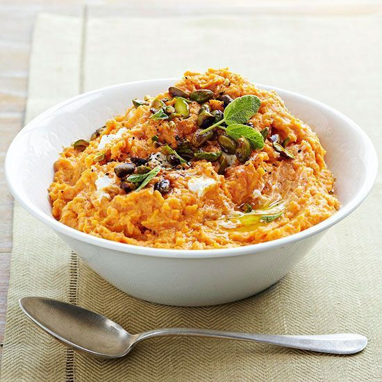 Mashed sweet potatoes with goat cheese