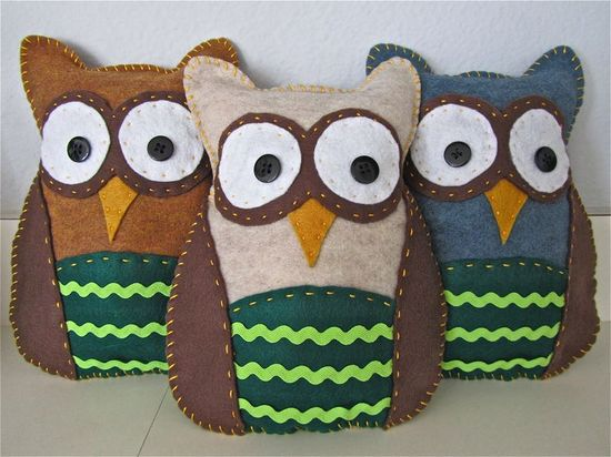 Felt Owls. So cute!