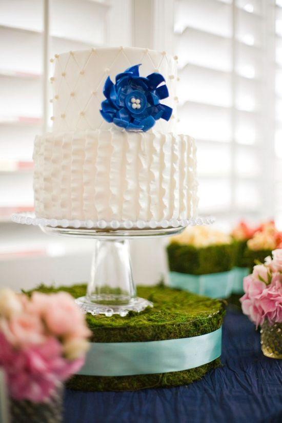 Cute white cake