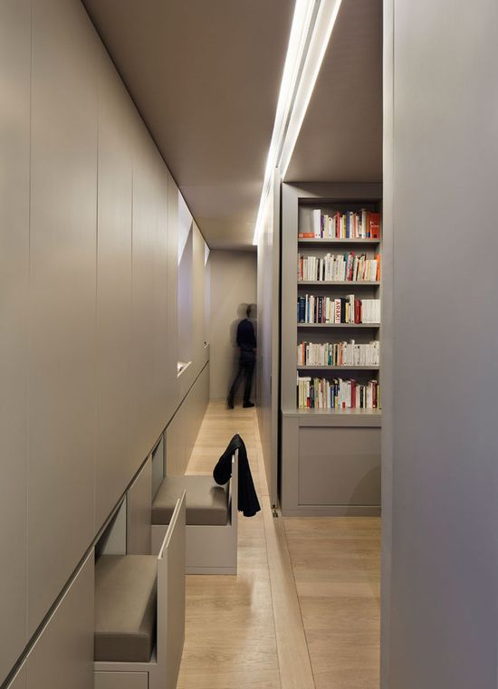 Apartment W by Régis Botta