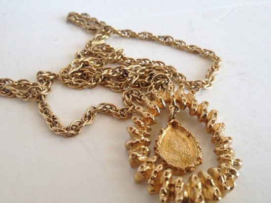 Vintage Goldtone chunky necklace COVENTRY by VintageMindedMaven, $12.00 #vintage #jewelry #necklace #gold