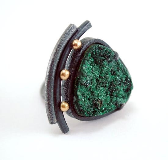 Malachite Ring. Oxidized - Texturized Sterling Silver. 18k Gold. Malachite Druzy. Green. Adjustable. Handmade by Maria Goti Joyas