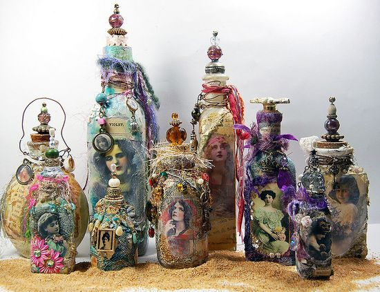 Altered Art Bottles    Learn how to make these beautiful bottles at : www.RosesOnMyTabl...