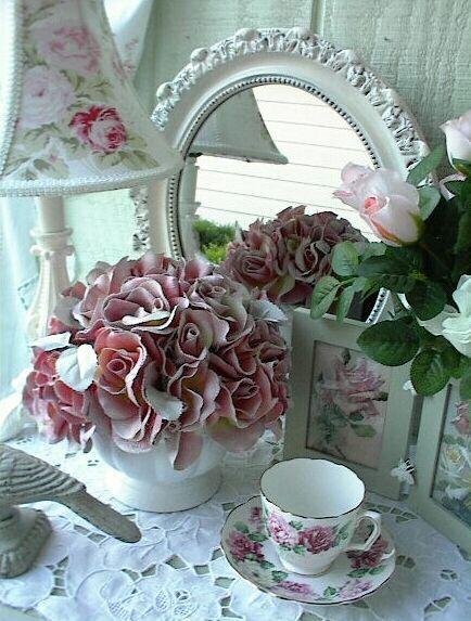 Vintage rose decor