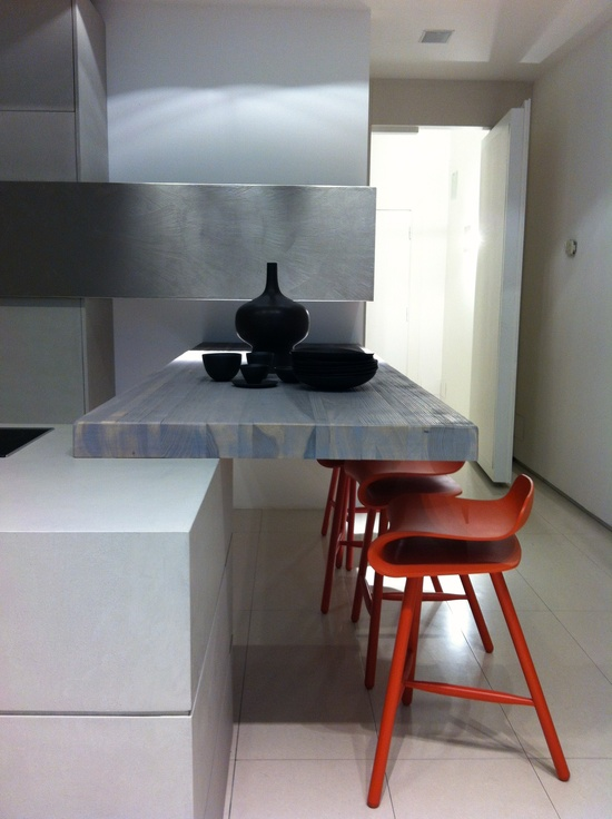 Kitchen Interior Design and Decor Ideas: lots of Kitchen Brands in the Brera district vosgeparis.blogsp...