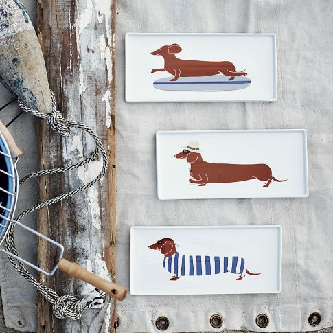 Wiener dog plates for your hot dogs!