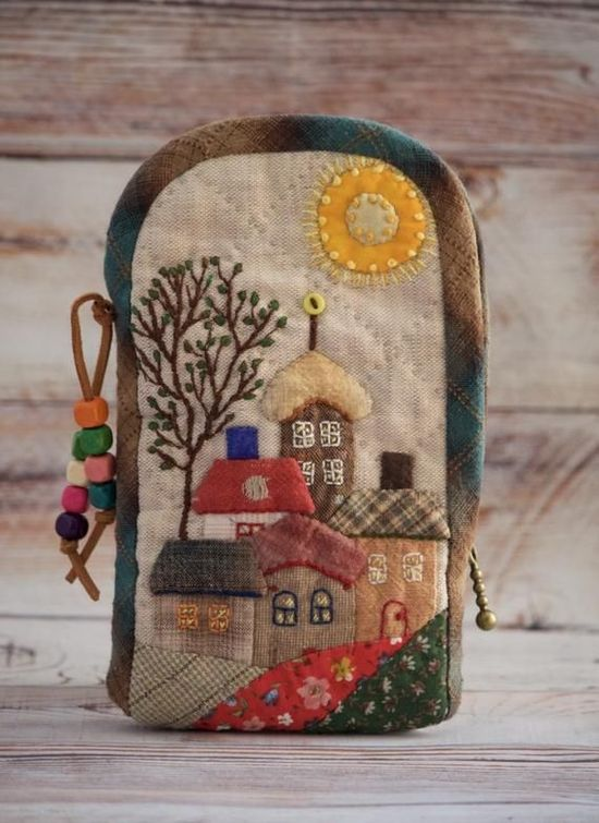 """Cute quilted case for Phone """"Houses"""". Japanese patchwork Phone purse. #pursesquilted"""