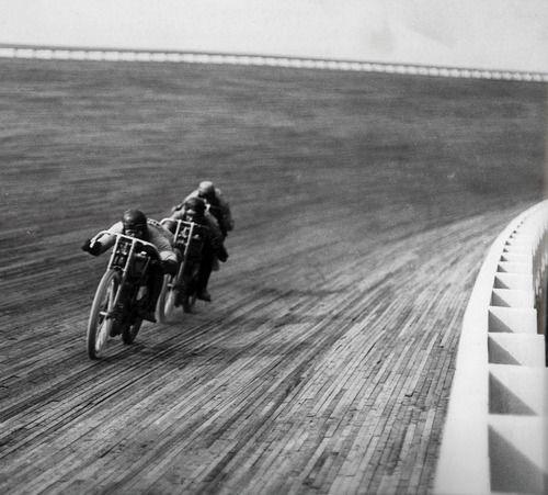 BoardTrack Racing