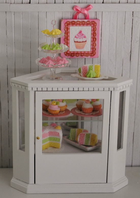 miniature bakery case (1:12 scale)