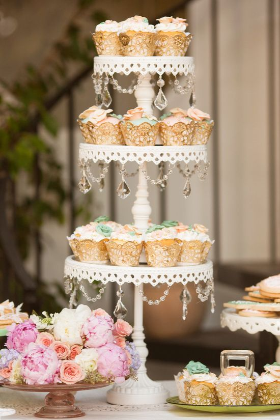 Bejeweled cupcake stand. Photography by Kim Le Photography / kimlephotography.com