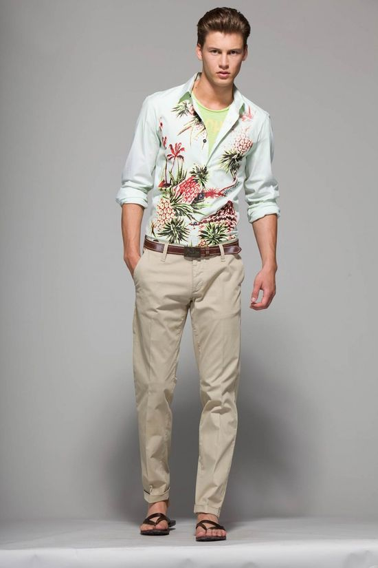 Moschino Spring/Summer 2013. Guys! Floral is in vogue this year so don't be afraid!