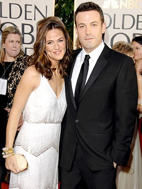 Jennifer Garner and Ben Affleck! They are my favorite Hollywood couple :)