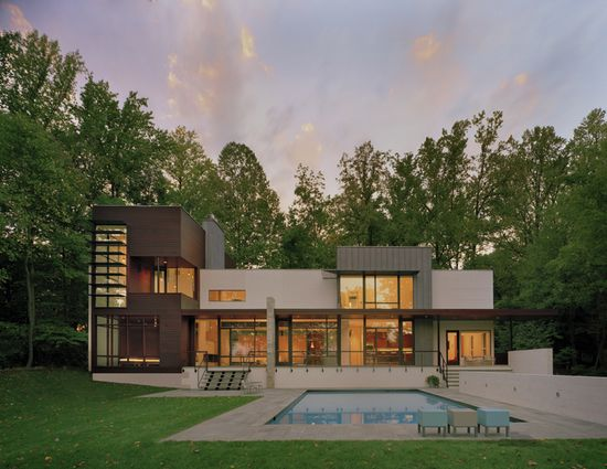 Rear elevation. Crab Creek House, by Robert Gurney Architect. Annapolis, Maryland. #exterior