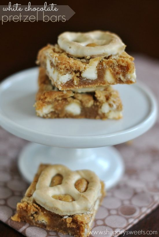 White Chocolate Pretzel Bars: they satisfy that sweet and salty craving. Chewy and delicious too! #dessert