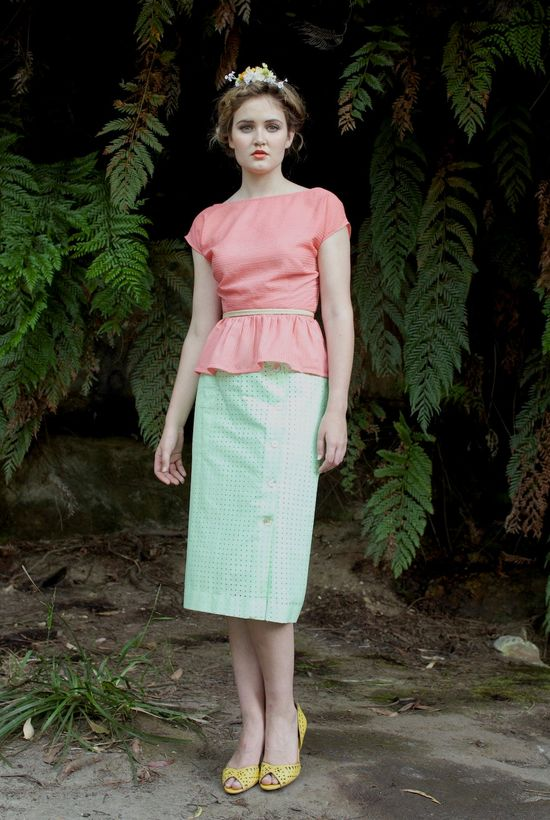 Pencil Skirt - 'Promenade' in Vintage Mint.
