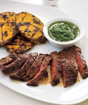 Skirt Steak and Potatoes With Herb Sauce