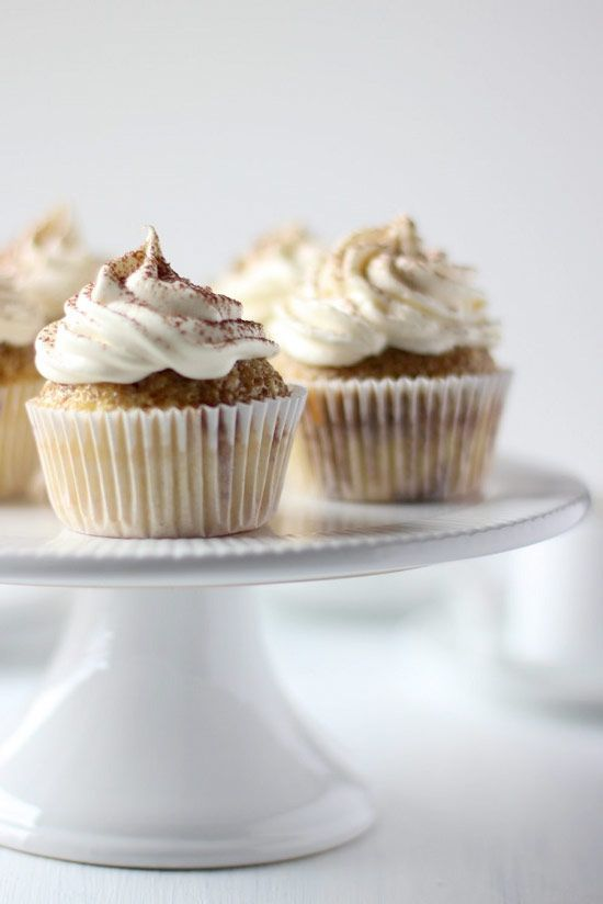 Tiramisu Cupcakes with Whipped Mascarpone Frosting #cupcake #recipe