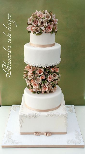 Wedding Cake by Alessandra Cake Designer, via Flickr