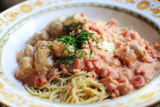 Creamy Artichoke and Tomato Pasta