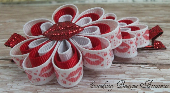 Valentines Day Bows Red Glitter Kisses by Serendipityboutique