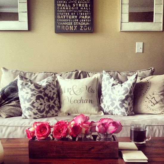 Beige Living Roomdesigns: Home Decor Photos: Pink And Green Bedroom By Poteidia