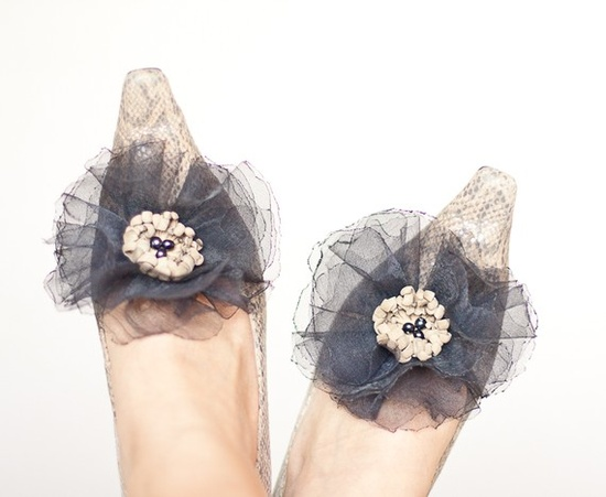 shoe clips #accessories #wedding
