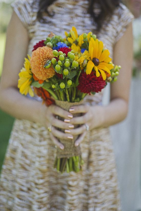 Summery mix of #sunflowers and #dahlias #bouquet