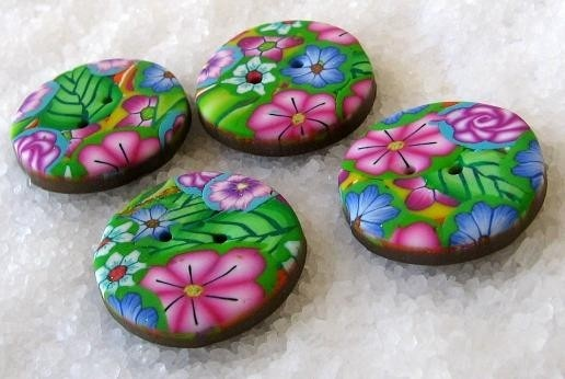 floral buttons