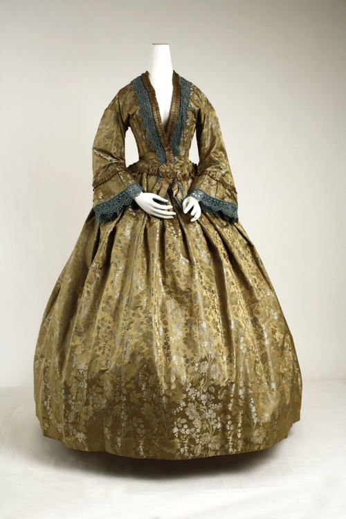 Afternoon Dress, American ca. 1850 silk
