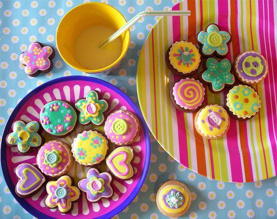 Milk & cookies #cookies #cute #food