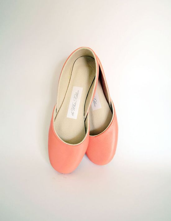 Soft leather ballet flats. Coral.  Wow,these handmade shoes are gorgeous!